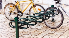 City cycle stand