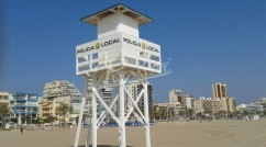 Beach lifeguard look-out tower